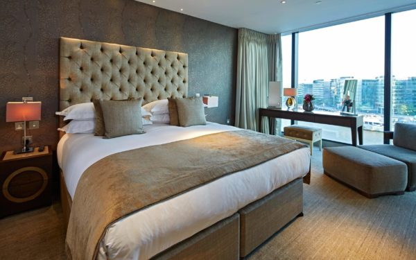 Cheval 3 Quays Penthouse room